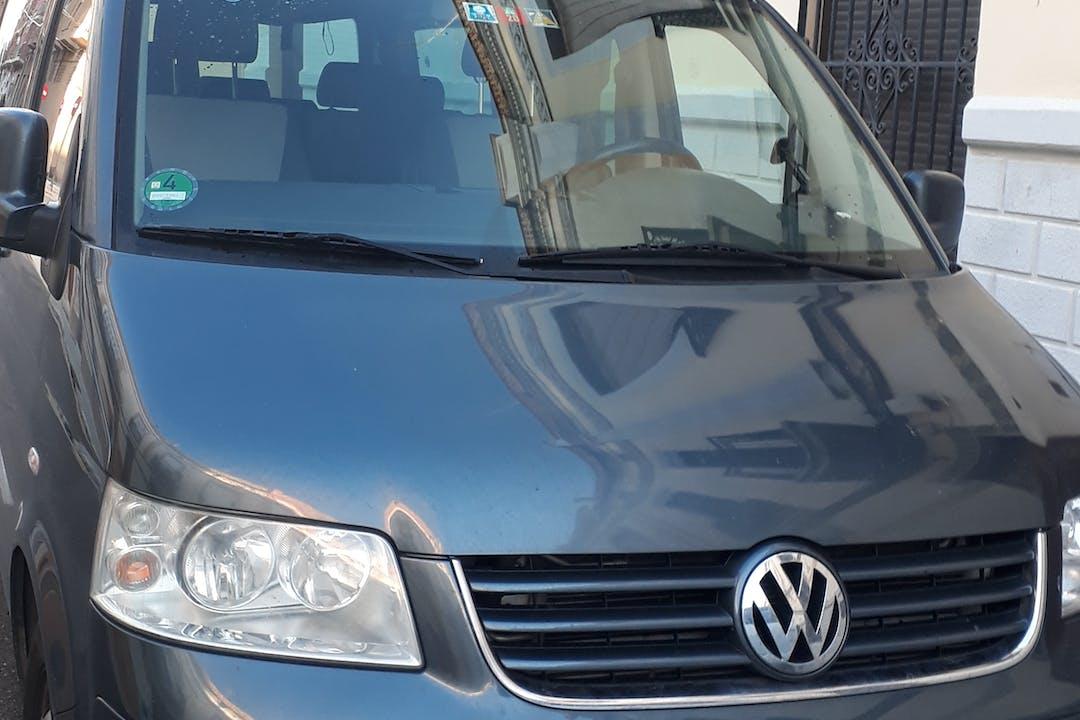 Alquiler barato de Volkswagen Multivan con equipamiento Fijaciones Isofix cerca de 46019 València.