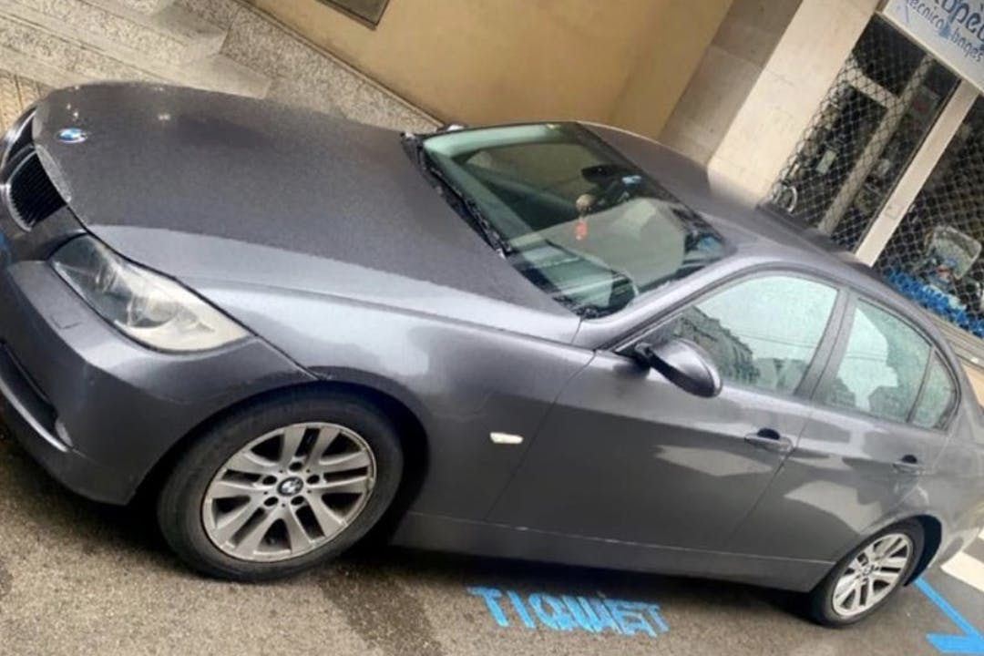 Alquiler barato de BMW Serie 3 cerca de 08243 Manresa.