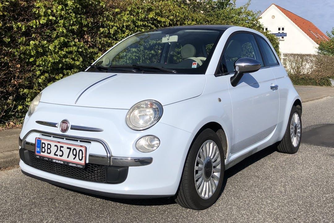 Billig billeje af Fiat 500 1,2 lounge nær 9430 Vadum.