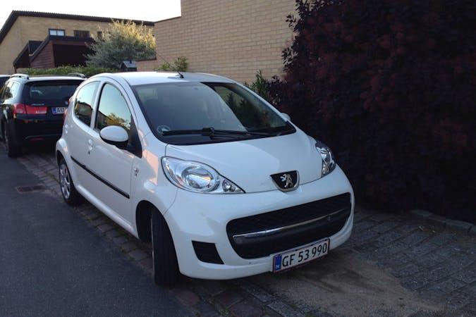 Billig billeje af Peugeot 107 nær 5220 Odense.