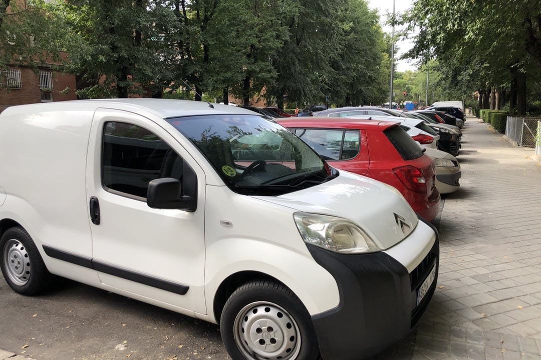 Alquiler barato de Citroën Nemo cerca de 28024 Madrid.