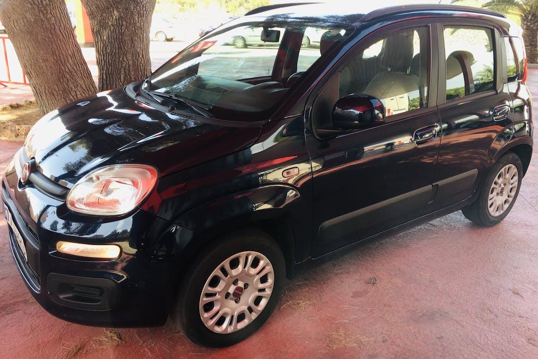 Alquiler barato de Fiat Panda cerca de 07001 Palma.
