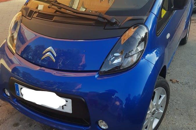 Alquiler barato de Citroën C-Zero cerca de  .