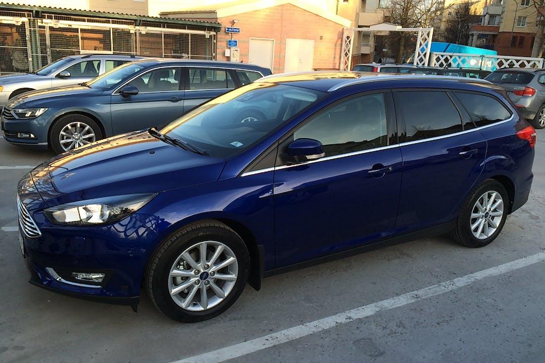 Billig biluthyrning av Ford Focus med Dragkrok i närheten av 423 53 Torslanda.