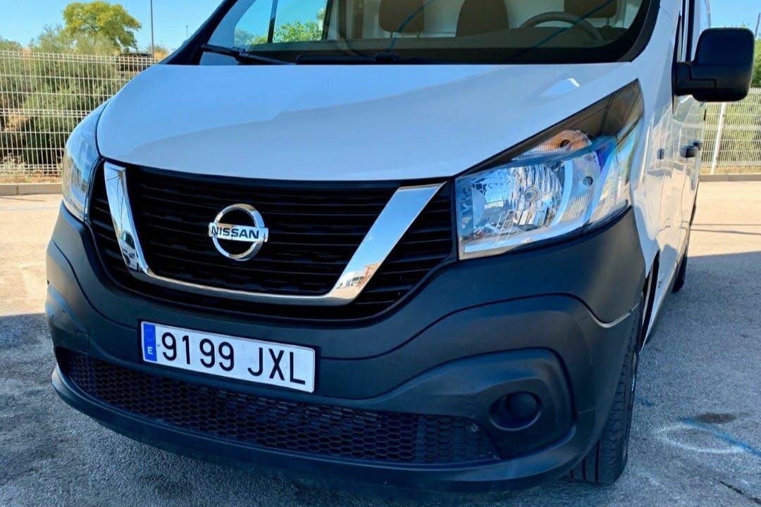 Alquiler barato de Nissan Nv 300 cerca de 12006 Castelló de la Plana.