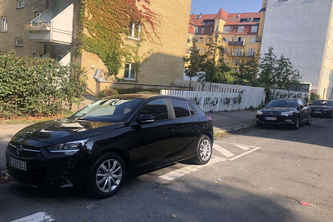 Billig billeje af Opel Corsa med Bluetooth nær 2100 København.
