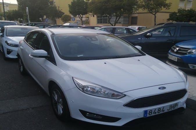 Alquiler barato de Ford Focus cerca de 29008 Málaga.
