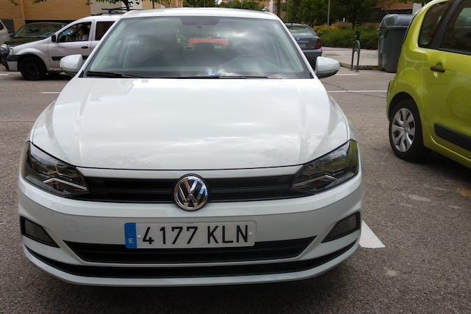 Alquiler barato de Volkswagen Polo cerca de 33209 Gijón.
