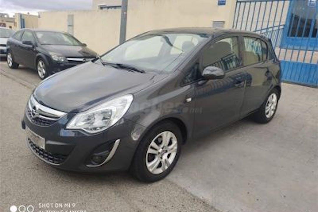 Alquiler barato de Opel Corsa cerca de 28341 Valdemoro.