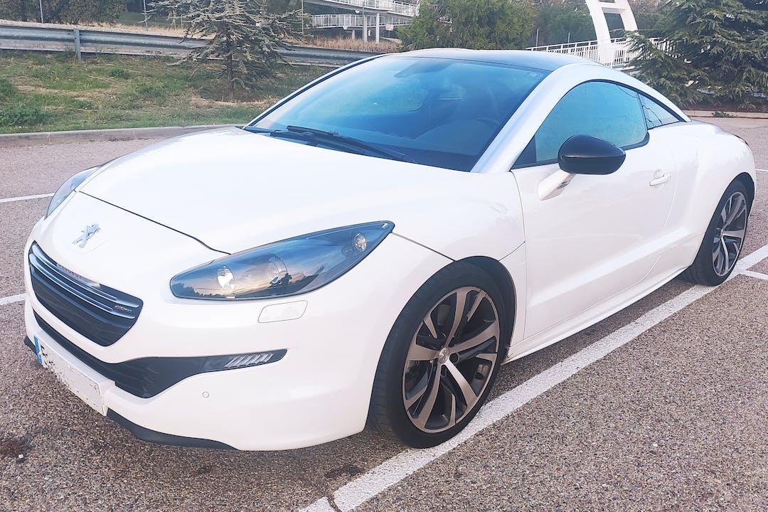 Alquiler barato de Peugeot Rcz cerca de 28022 Madrid.