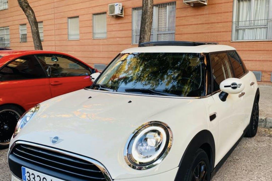 Alquiler barato de Mini Mini cerca de 41015 Sevilla.