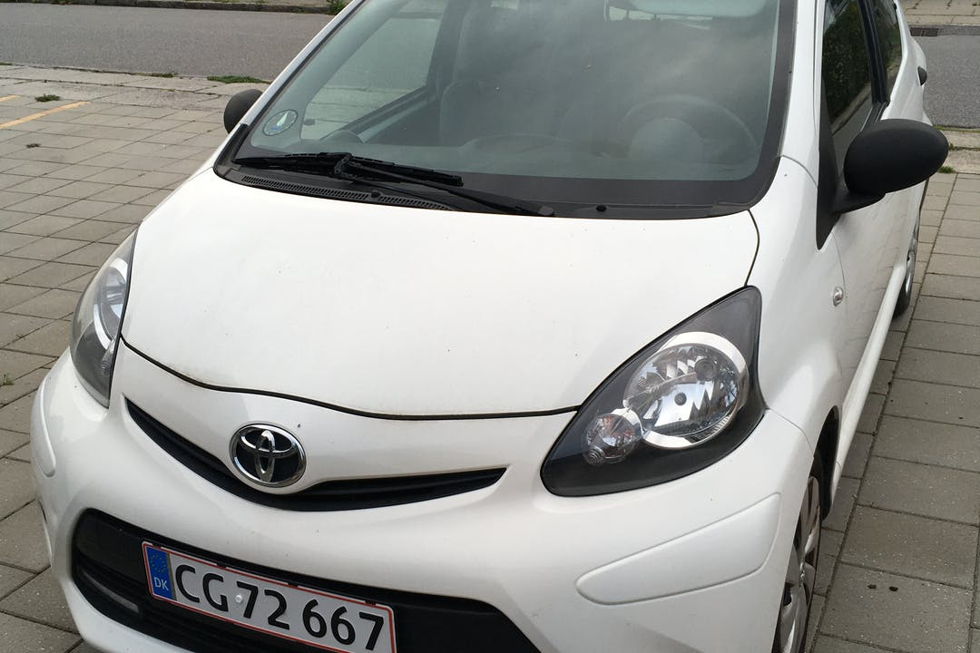 Billig billeje af Toyota AYGO nær 8210 Aarhus.