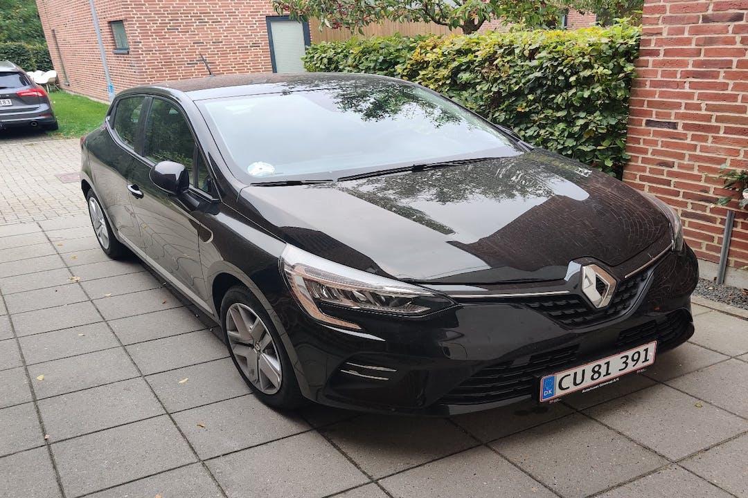 Billig billeje af Renault Clio HB nær 8220 Brabrand.