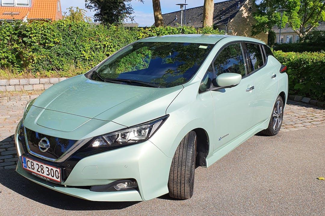 Billig billeje af Nissan LEAF med GPS nær 2830 Virum.