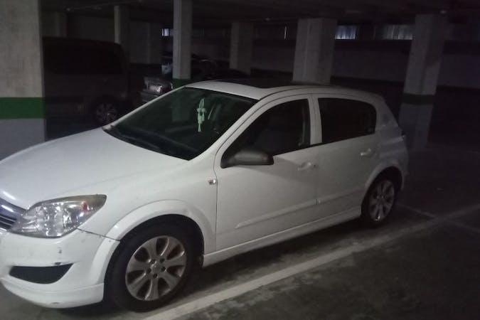 Alquiler barato de Opel Astra cerca de 48903 Barakaldo.