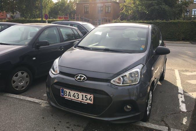 Billig billeje af Hyundai i10 nær 2500 København.