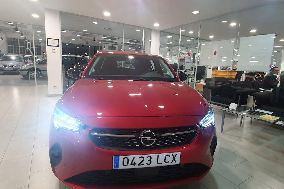 Alquiler barato de Opel Corsa cerca de 08034 Barcelona.