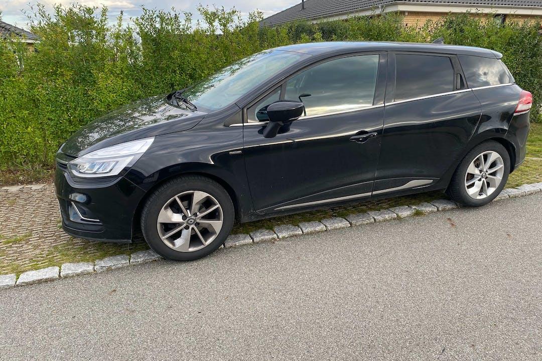 Billig billeje af Renault Clio SW med Anhængertræk nær 4000 Roskilde.