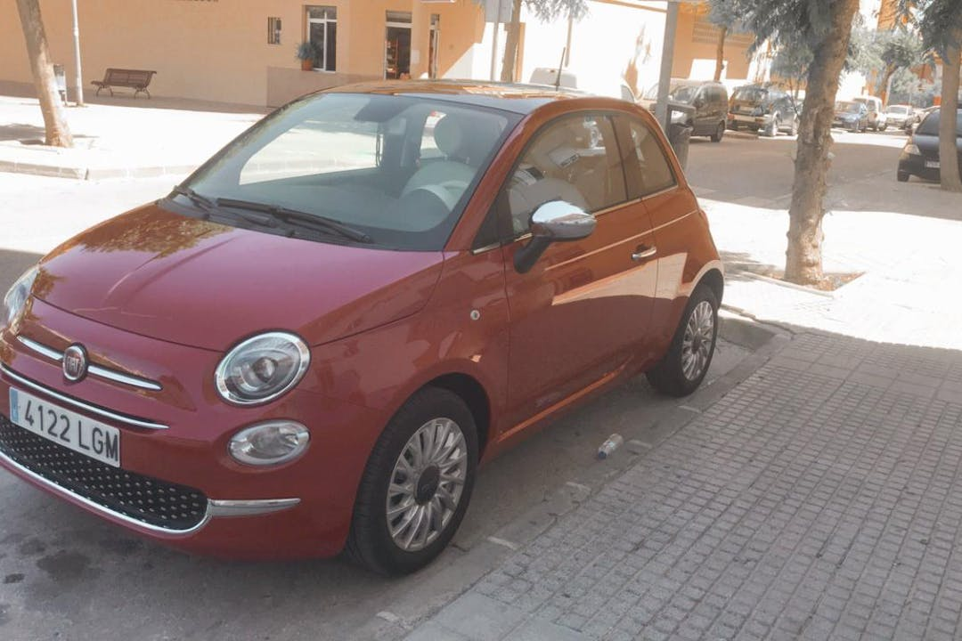 Alquiler barato de Fiat 500 cerca de 29780 Nerja.