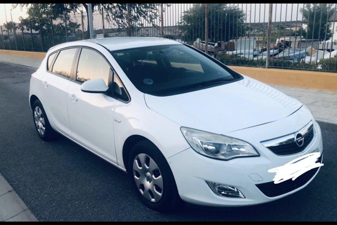 Alquiler barato de Opel Astra cerca de 28007 Madrid.
