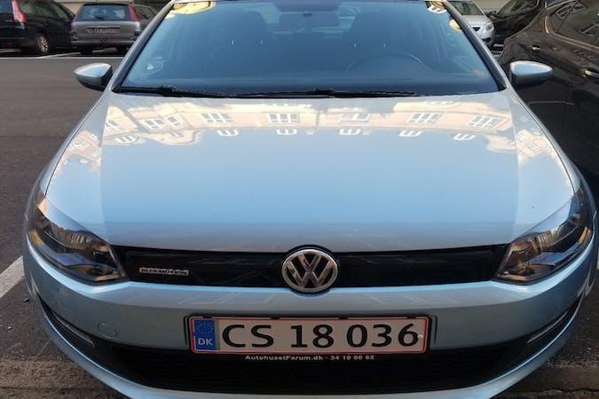 Billig billeje af Volkswagen Polo med Anhængertræk nær 2200 København.