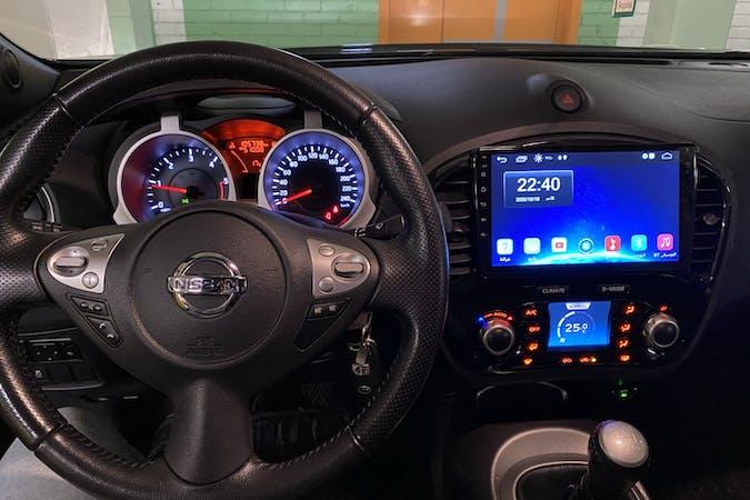 Billig biluthyrning av Nissan Juke i närheten av 181 41 Mosstorp.