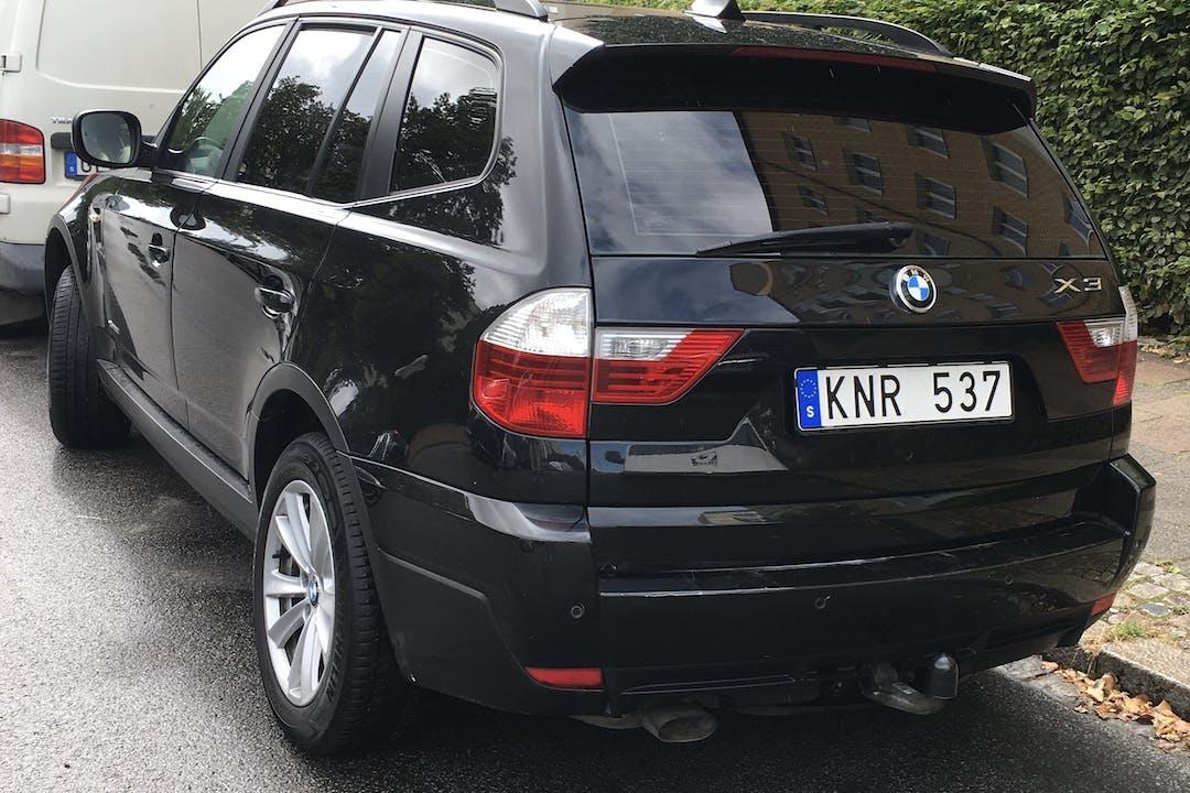 Billig biluthyrning av BMW X3 med Dragkrok i närheten av 211 75 Hamnen.