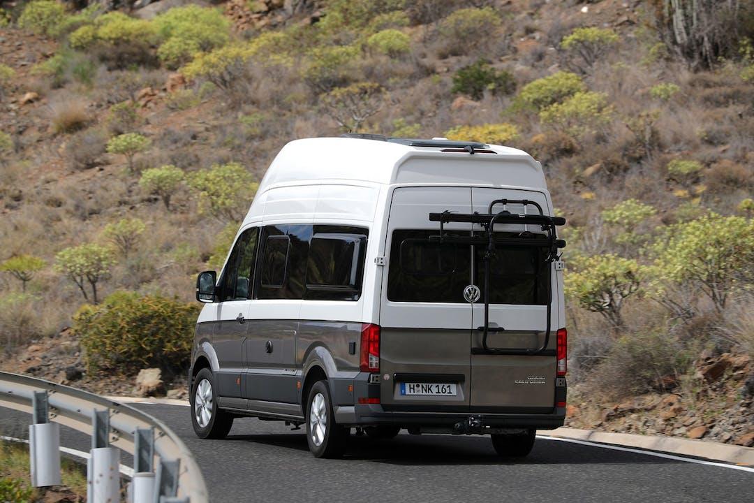 Alquiler barato de Volkswagen Crafter cerca de 04006 Almería.