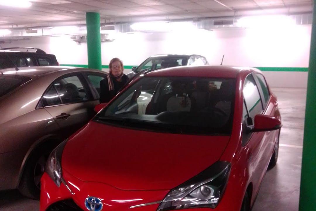 Alquiler barato de Toyota Yaris cerca de 04740 Roquetas de Mar.