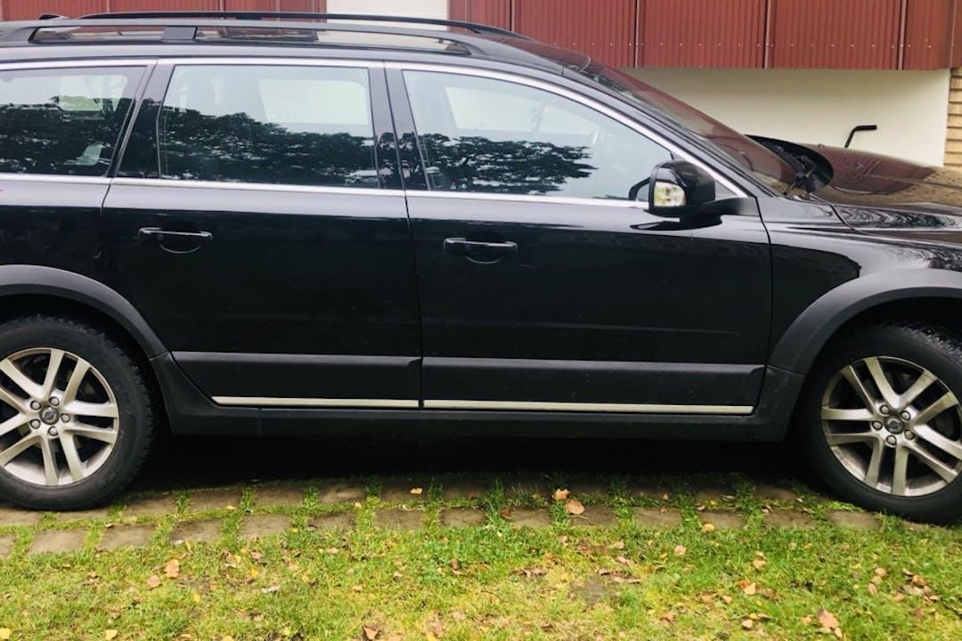 Billig biluthyrning av Volvo XC70 i närheten av 416 79 Sävenäs.