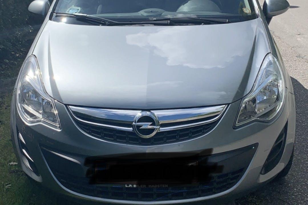 Billig billeje af Opel Corsa nær 9000 Aalborg.