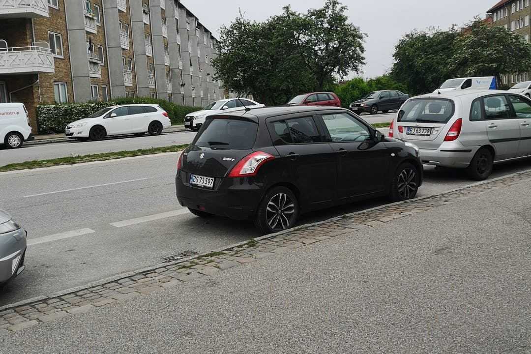 Billig billeje af Suzuki Swift nær 2400 København.