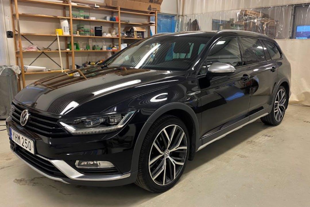 Billig biluthyrning av Volkswagen Passat med Dragkrok i närheten av 414 56 Majorna.