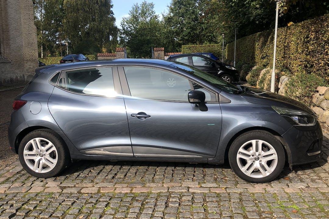 Billig billeje af Renault Clio HB nær 5000 Odense.