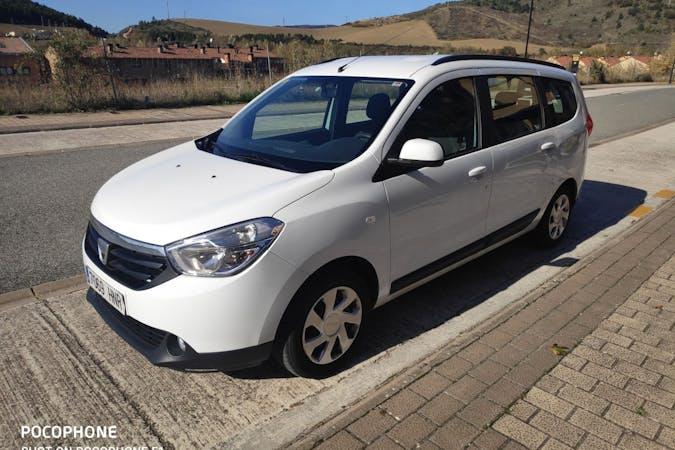 Alquiler barato de Dacia Lodgy cerca de 03690 San Vicente del Raspeig.