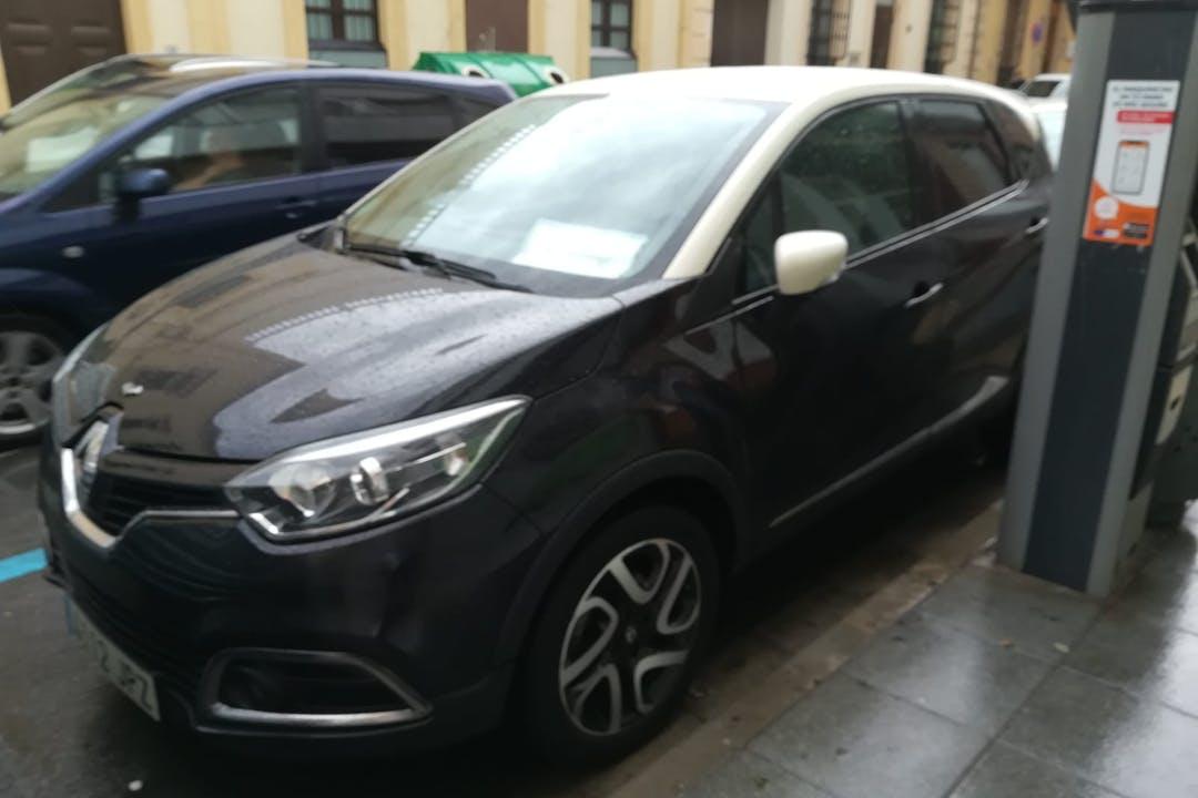 Alquiler barato de Renault Captur cerca de  Almería.