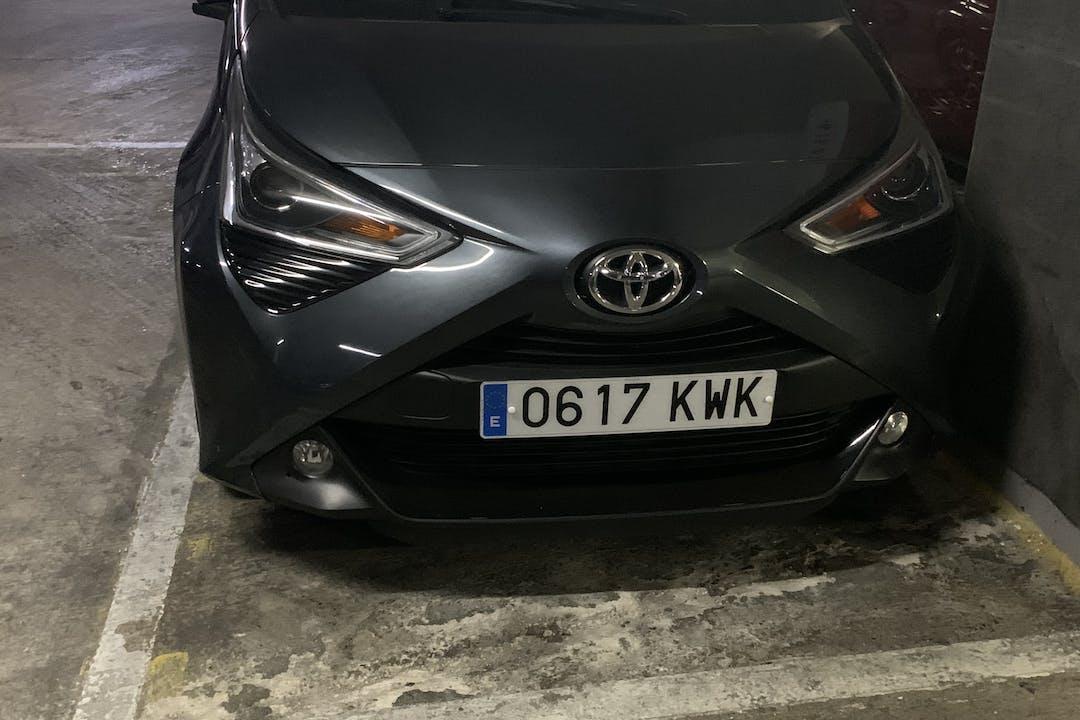 Alquiler barato de Toyota Aygo cerca de 08906 Hospitalet de Llobregat.