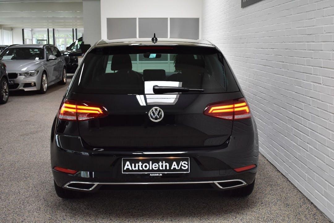 Billig billeje af Volkswagen Golf nær 1307 København.