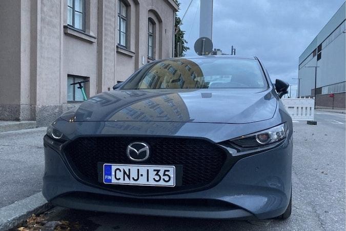 Mazda 3n halpa vuokraus GPSn kanssa lähellä 00150 Helsinki.