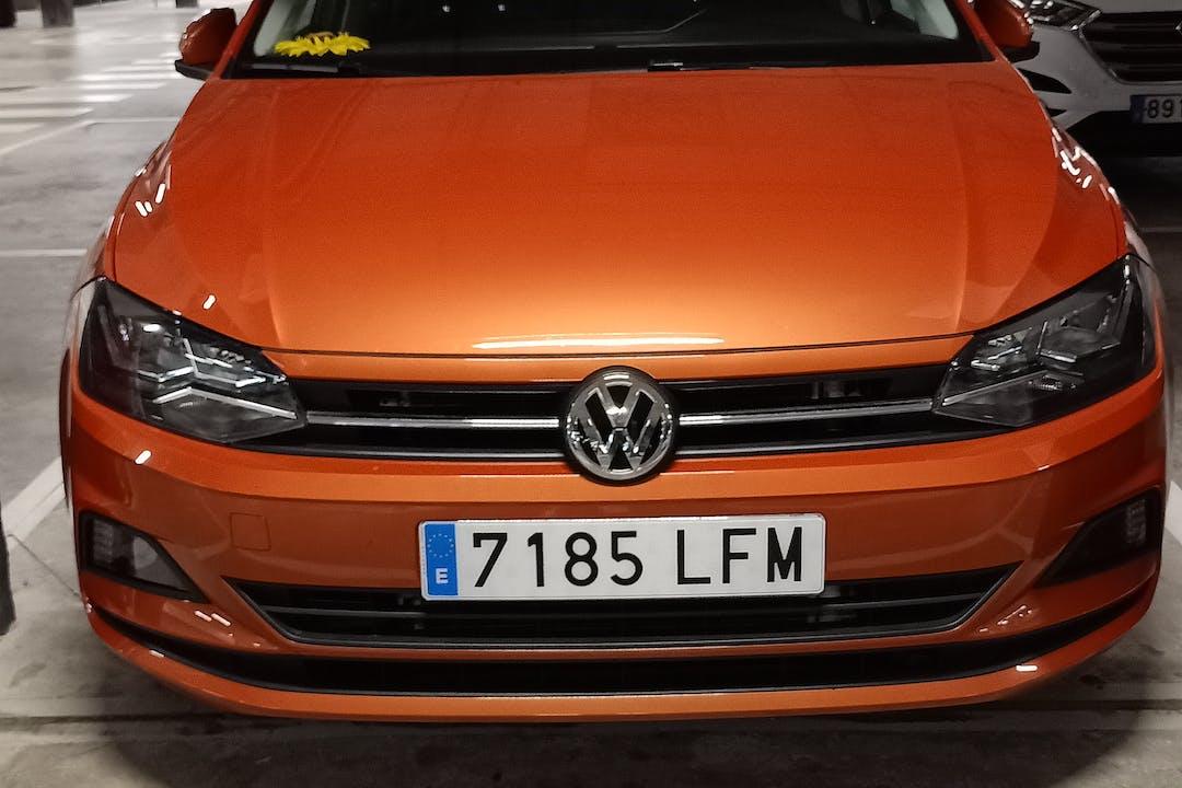 Alquiler barato de Volkswagen Polo con equipamiento Bluetooth cerca de 35219 El Goro.