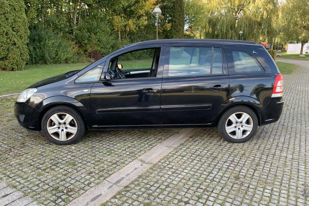 Billig billeje af Opel Zafira nær 2660 Brøndby Strand.