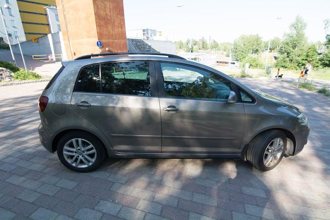 Volkswagen Golf Plusn halpa vuokraus GPSn kanssa lähellä 06100 Porvoo.