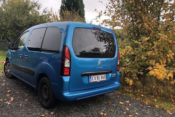 Billig billeje af Citroën Berlingo med Isofix beslag nær 2200 København.