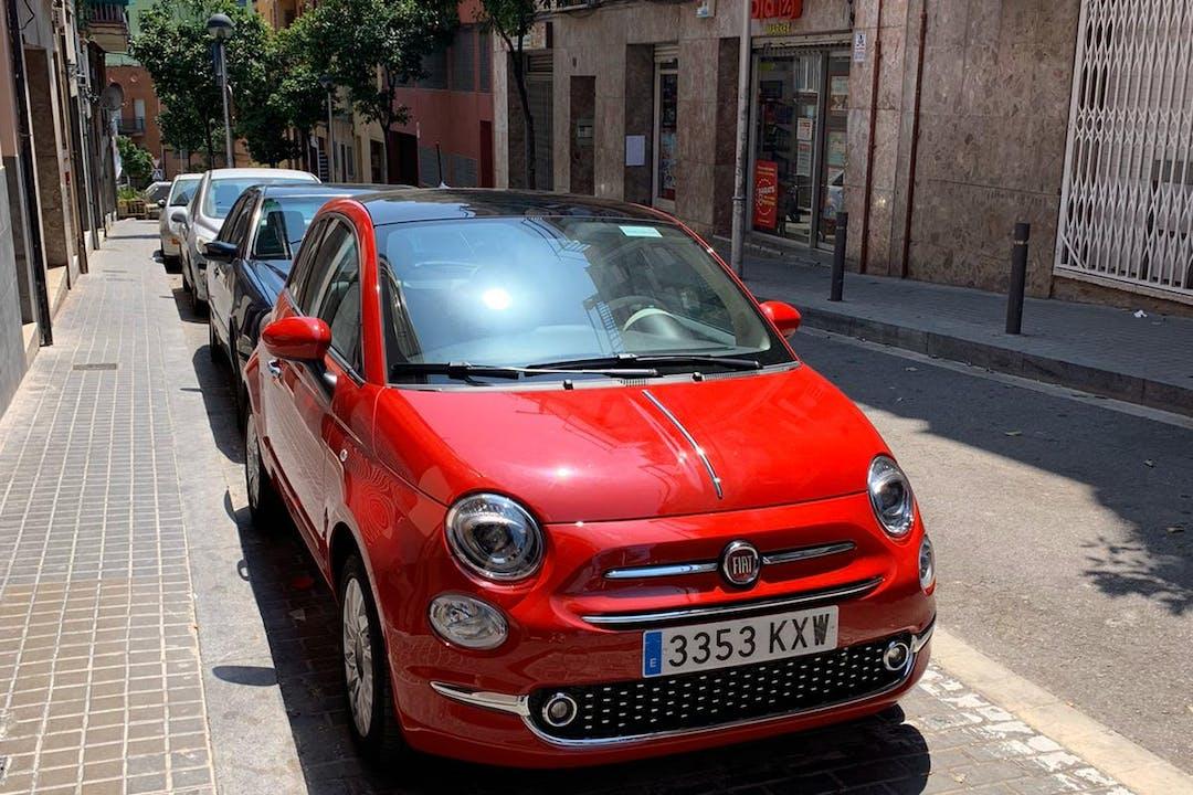 Alquiler barato de Fiat 500 con equipamiento Bluetooth cerca de 08033 Barcelona.