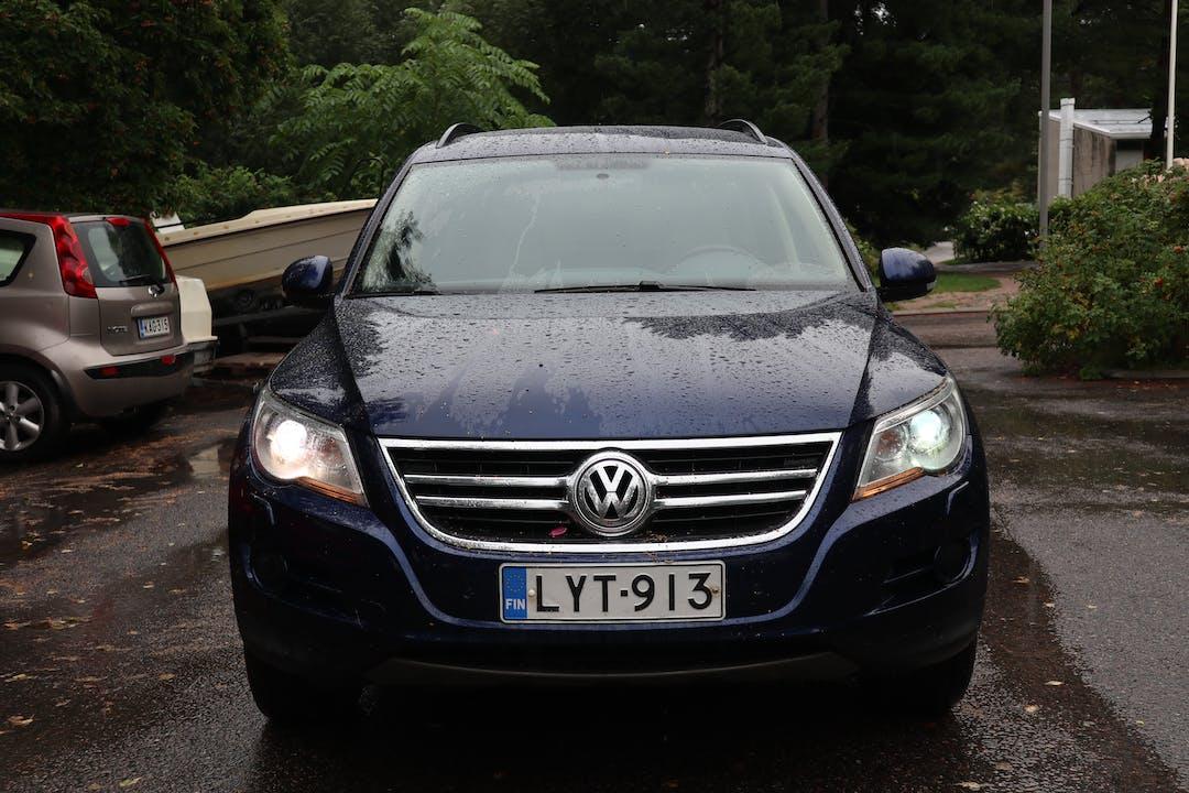 Volkswagen Tiguann halpa vuokraus Ilmastointin kanssa lähellä 02100 Espoo.