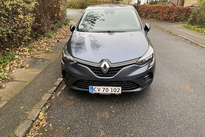 Billig billeje af Renault Clio med Isofix beslag nær 2700 København.