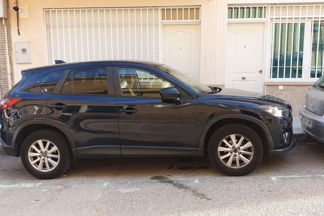 Alquiler barato de Mazda Cx-5 cerca de 28034 Madrid.