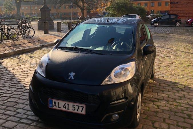 Billig billeje af Peugeot 107 nær 2900 Hellerup.