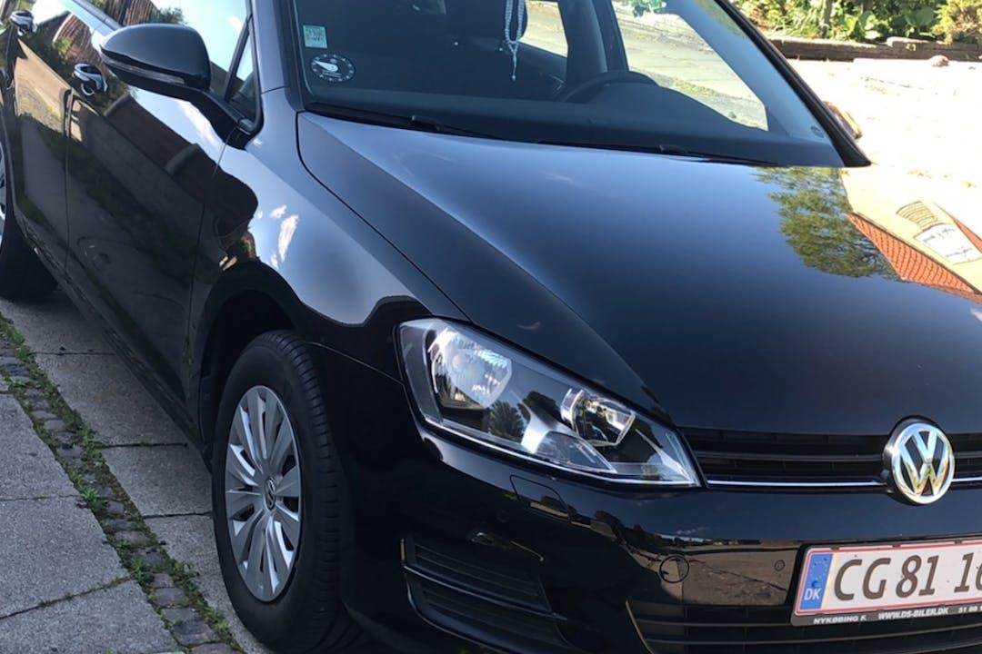Billig billeje af Volkswagen Golf nær 2660 Brøndby Strand.
