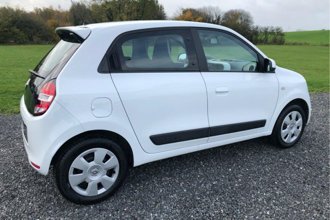 Billig billeje af Renault Twingo med Isofix beslag nær 8000 Aarhus.